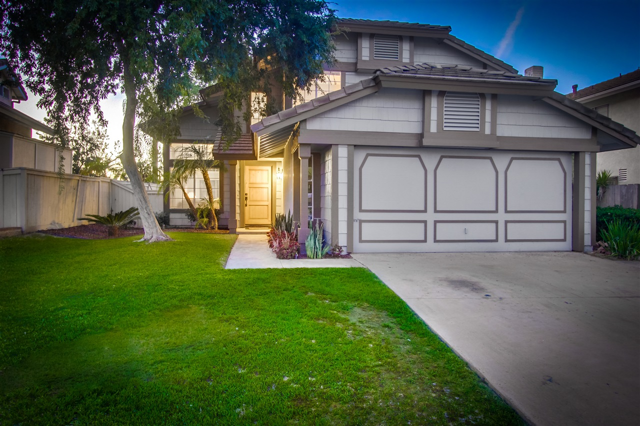 2121 Sorrento Dr, Oceanside, CA