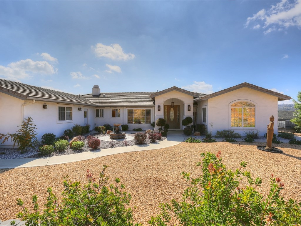 40401 Hidden Meadow Cir, Murrieta, CA