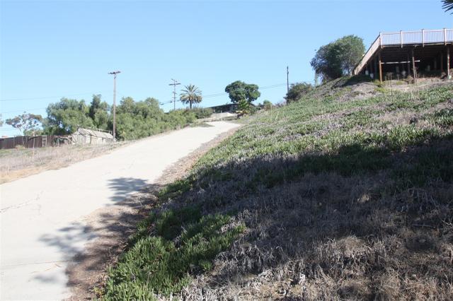 Miner Court, Spring Valley, CA 91977