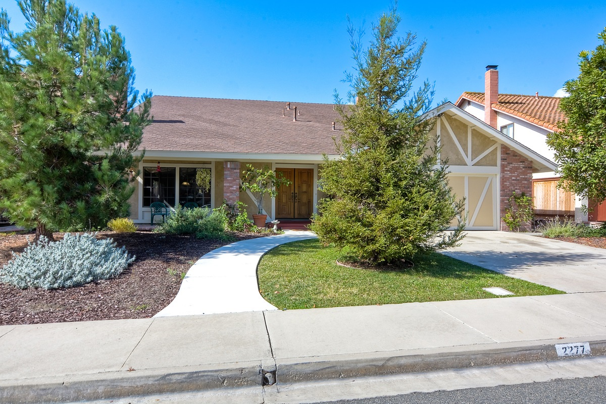 2277 Valley Rd, Oceanside, CA