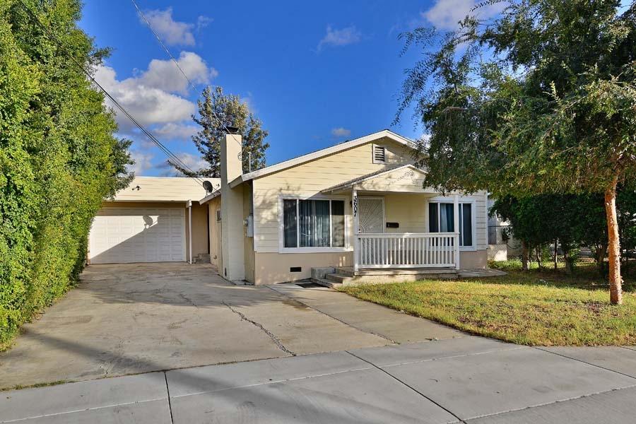 3607 S Cordoba Ave, Spring Valley, CA