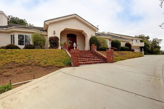 28205 Engelmann Oak Trl, Escondido, CA