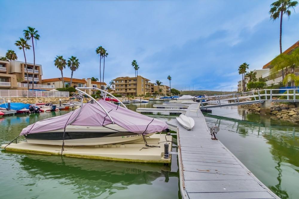 4525 Cove Dr #APT 7, Carlsbad, CA