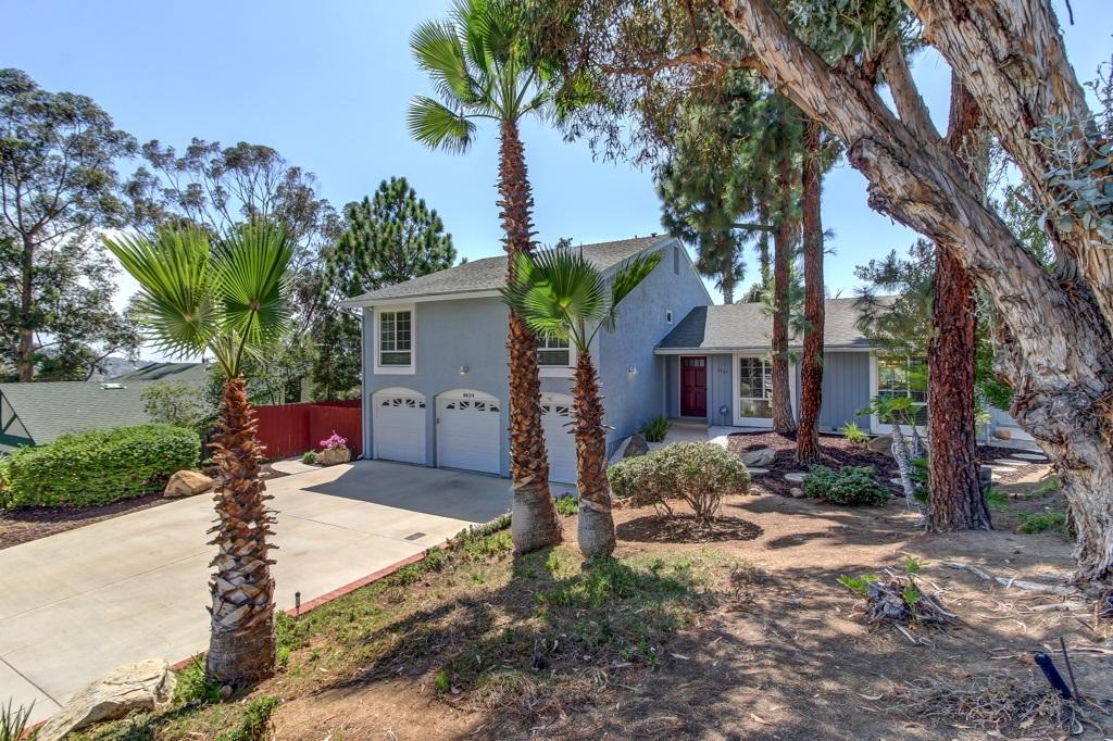 9824 Bonnie Vista Dr, La Mesa, CA