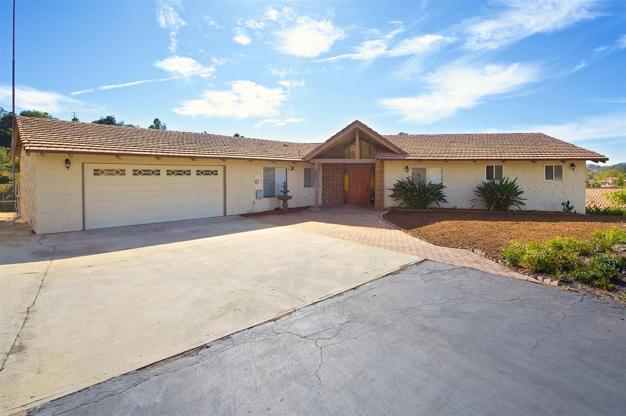 862 Brook Canyon Rd, Escondido, CA