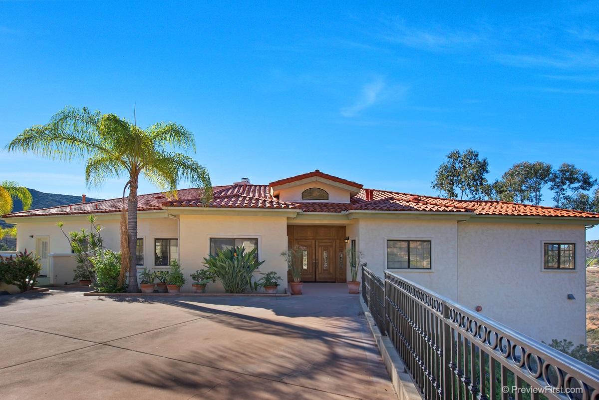 1225 Ogard Ranch Rd, El Cajon, CA