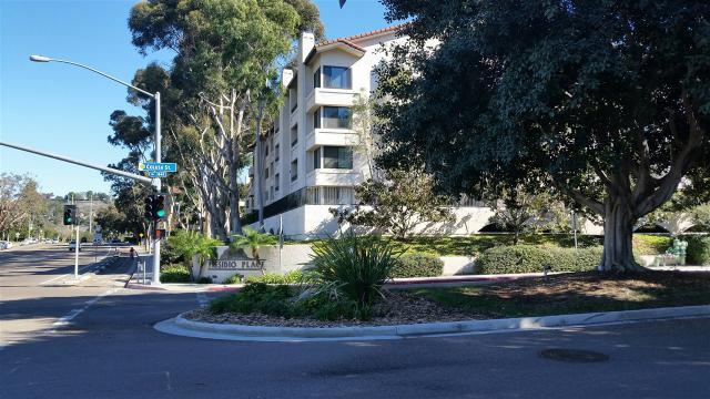 5705 Friars Rd #APT 33, San Diego, CA