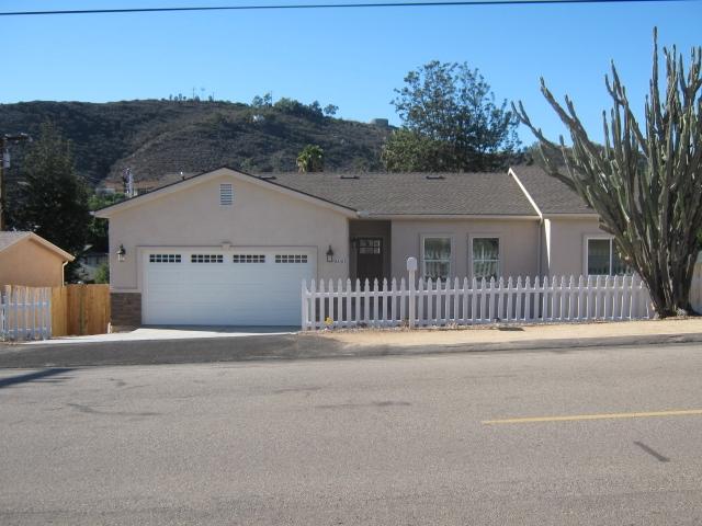 8450 Pueblo Rd, Lakeside, CA