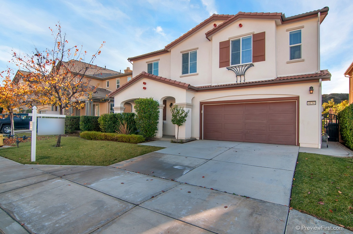 4134 Lake Circle Dr, Fallbrook, CA