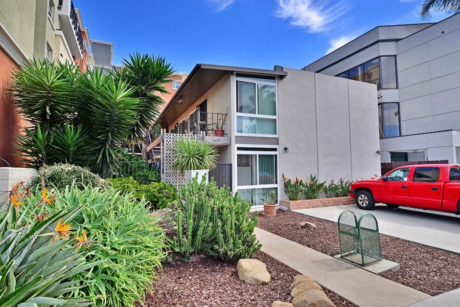 3659 4th Ave #APT 8, San Diego, CA