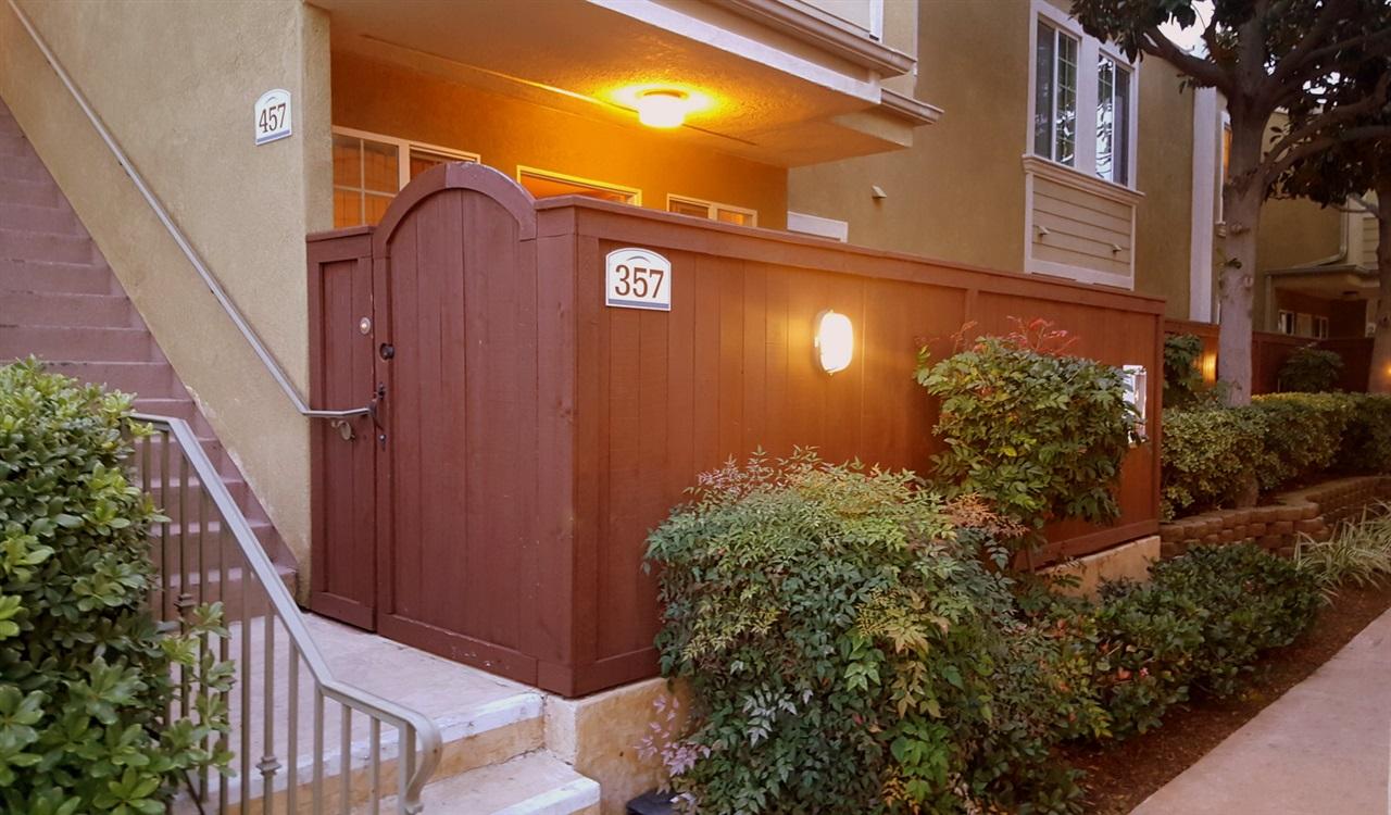 5404 Balboa Arms Dr #APT 357, San Diego, CA