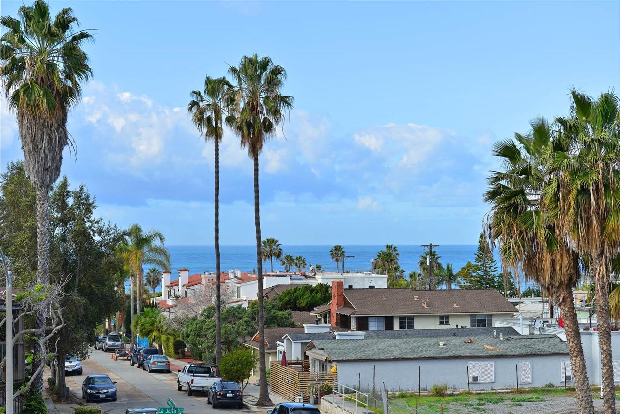 415 Gravilla St #APT 31, La Jolla, CA