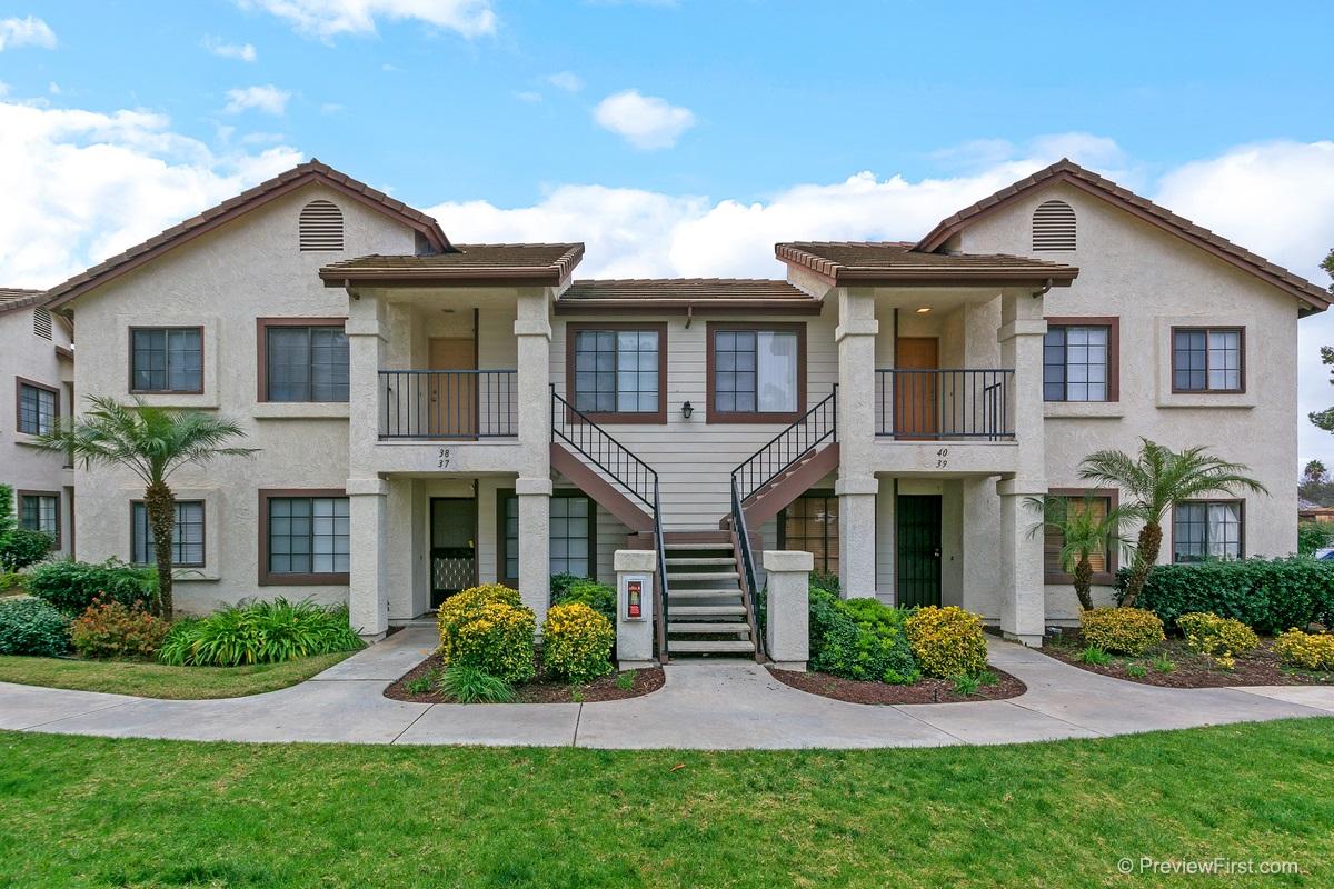 8512 Summerdale #APT 38, San Diego, CA