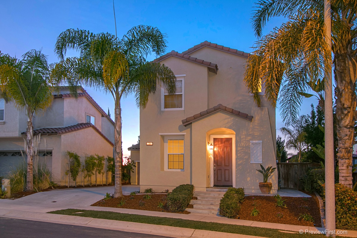 13286 Via Santillana, San Diego, CA