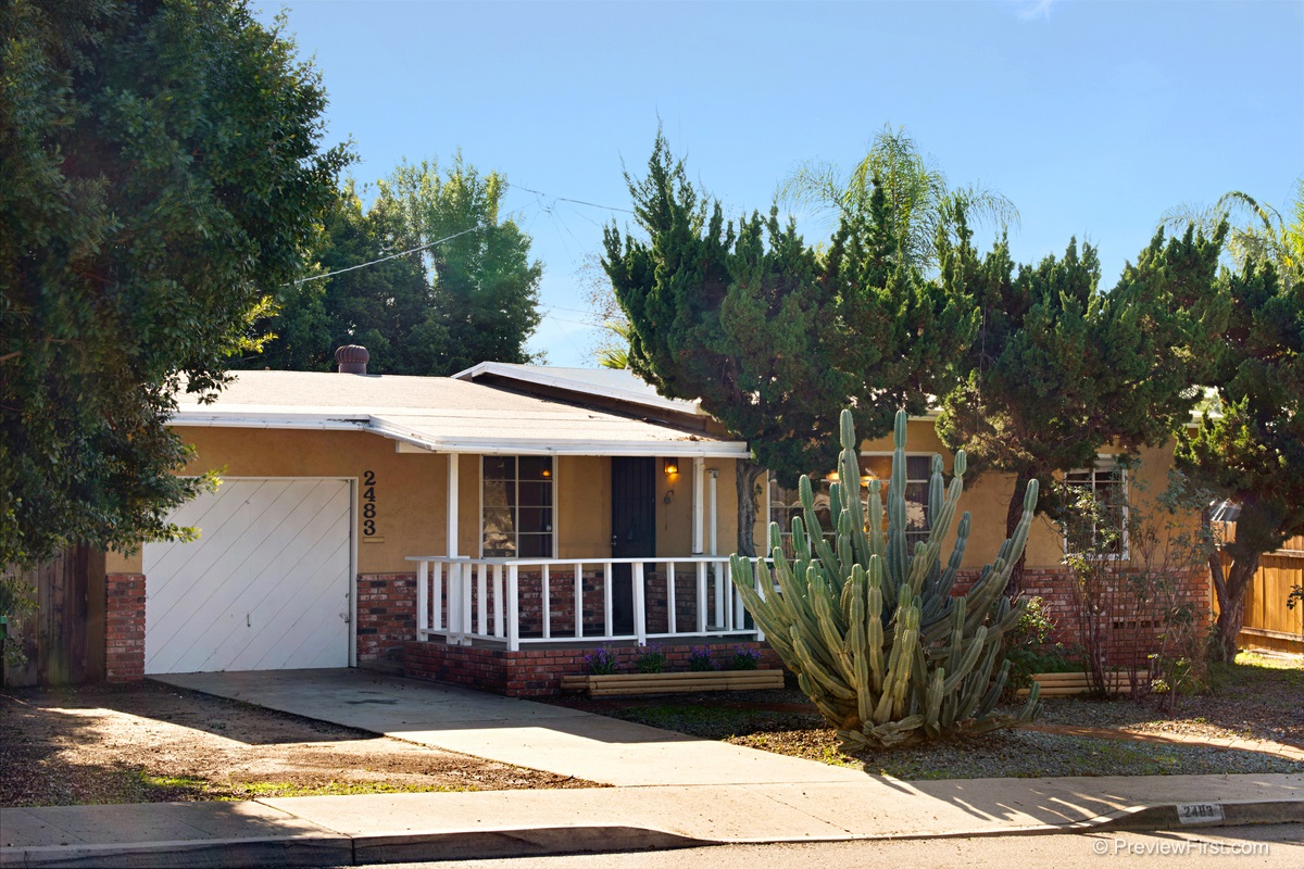 2483 Charles Way, El Cajon, CA