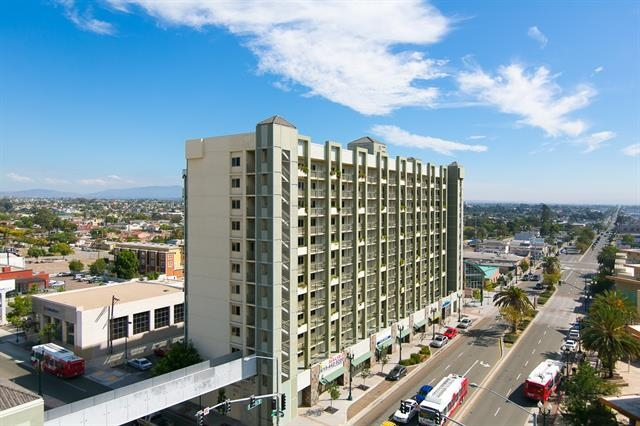 801 National City Blvd #APT 916, National City, CA