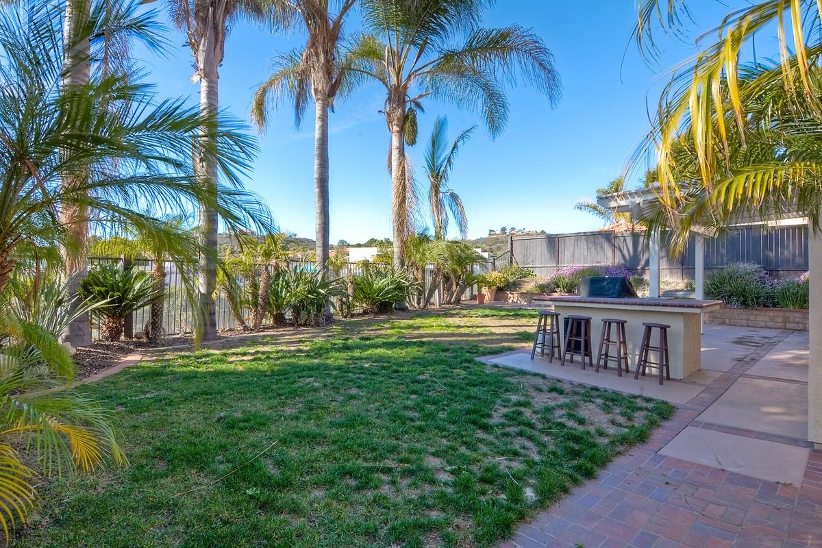 12126 Darkwood Rd, San Diego, CA