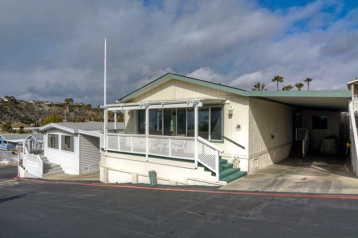 307 Beach Dr #APT 114, San Clemente, CA