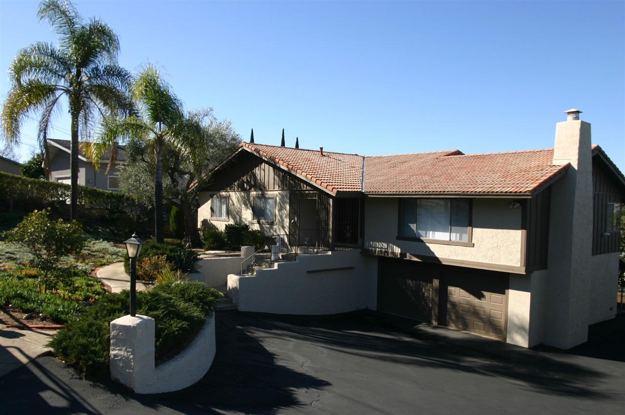 2330 Big Pine Rd, Escondido, CA