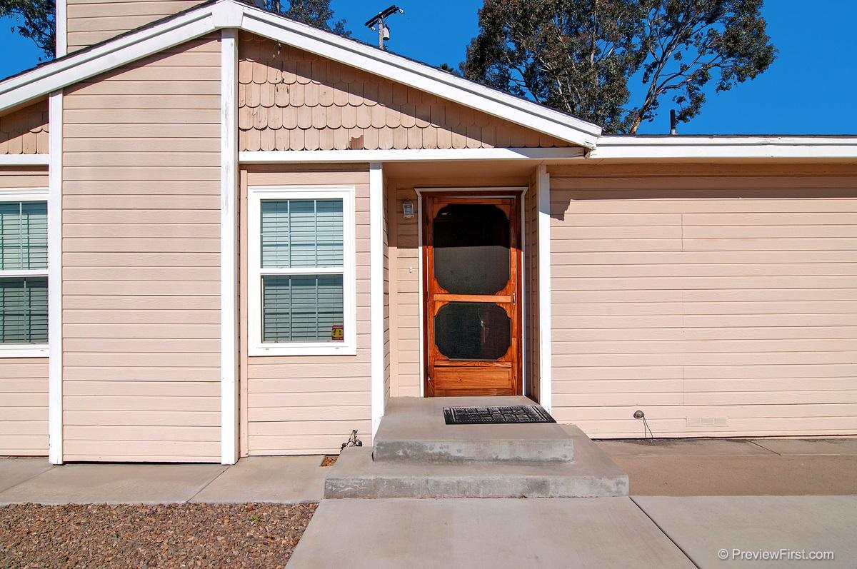 8310 Jackson Heights Ct, El Cajon, CA