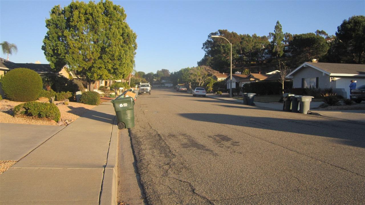 1341 La Mirada Way, Escondido, CA