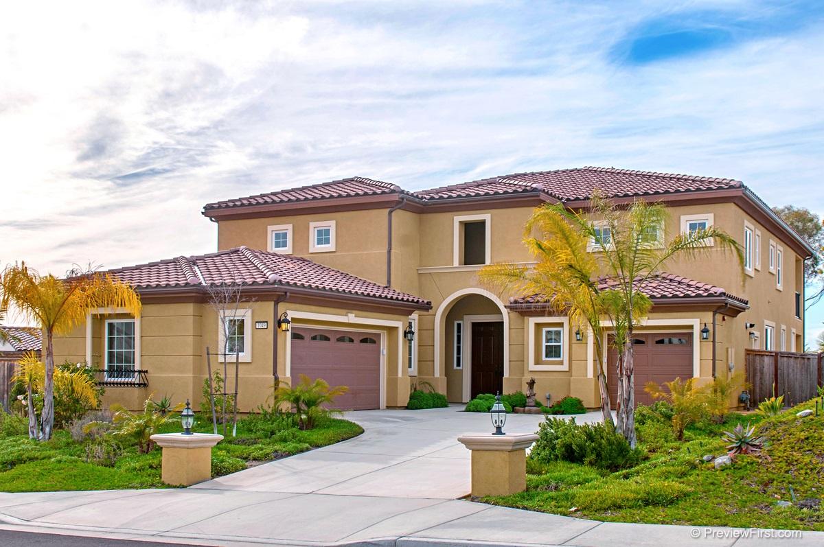 1049 Village Dr, Oceanside, CA