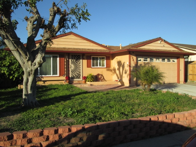 3940 Kimsue Way, San Diego, CA