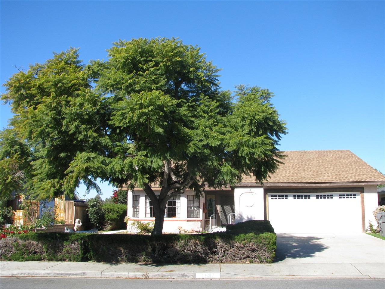 1587 Quiet Hills Dr, Oceanside, CA