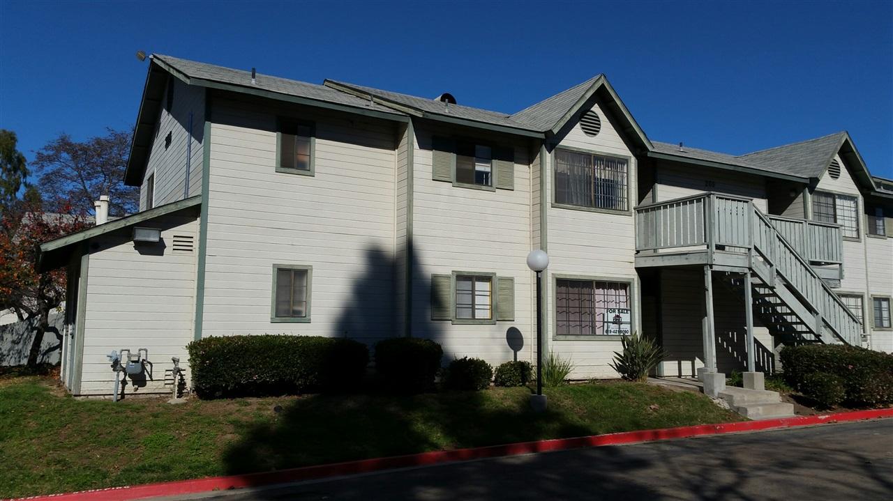 205 Camlau Dr #APT i, Chula Vista, CA
