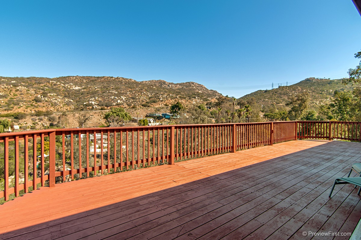 2047 Forester Creek Rd, El Cajon, CA