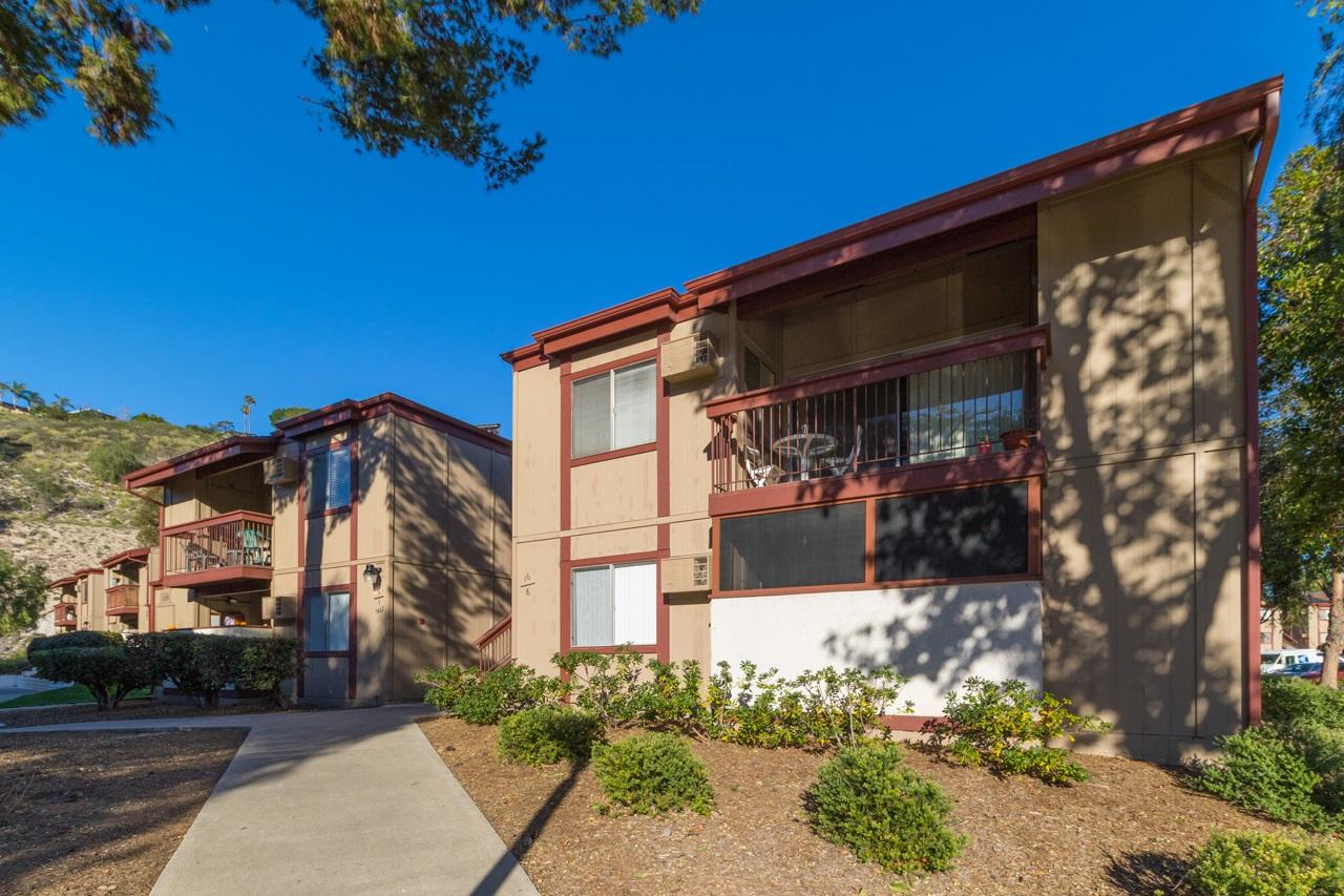 5462 Adobe Falls Rd #APT 8, San Diego, CA