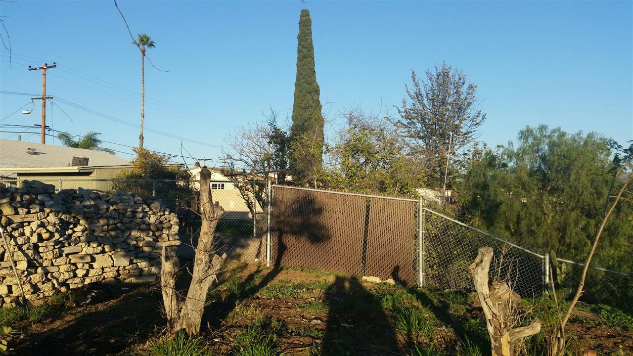 7927 Anza Dr, San Diego, CA