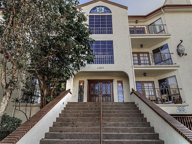 1263 Robinson #APT 9, San Diego, CA