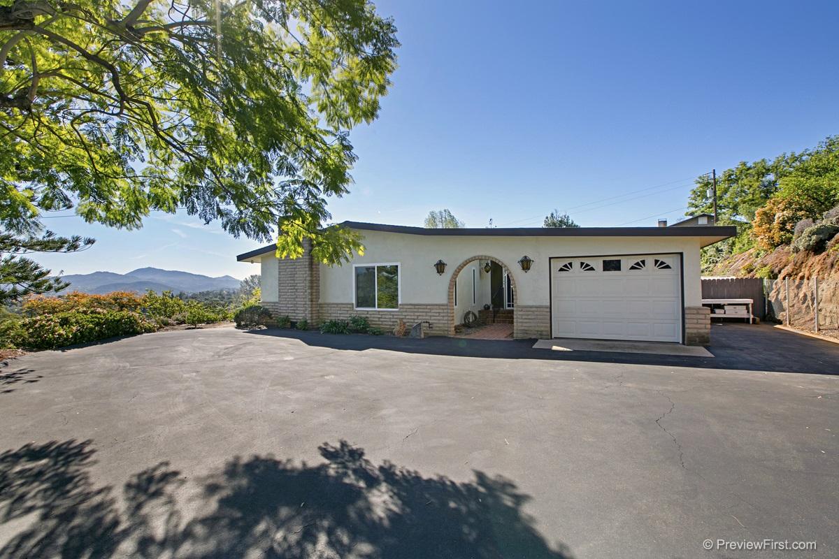3057 Viaduct Hermosa, Escondido, CA 92029
