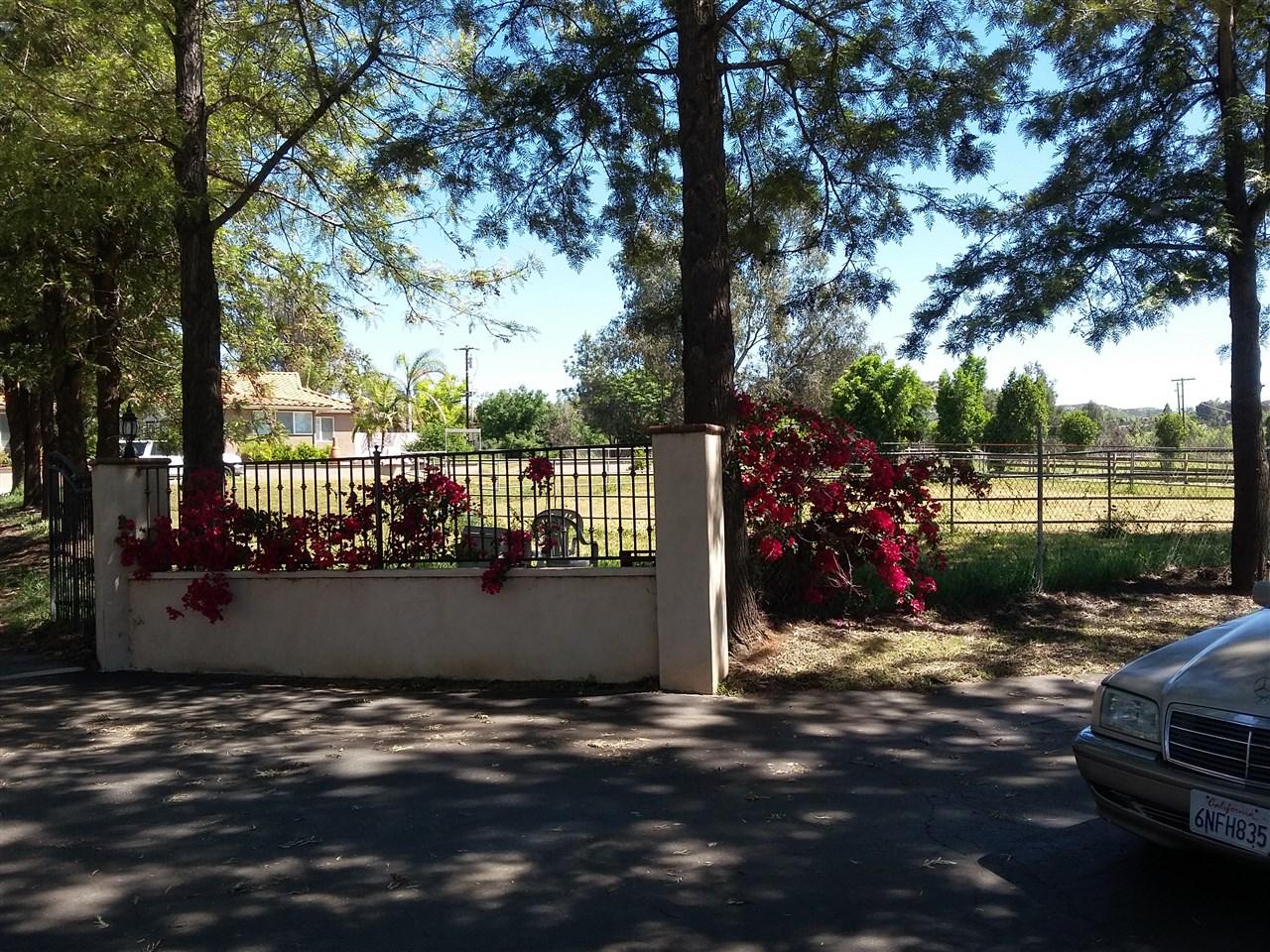 1817 Citris Ave So, Escondido, CA