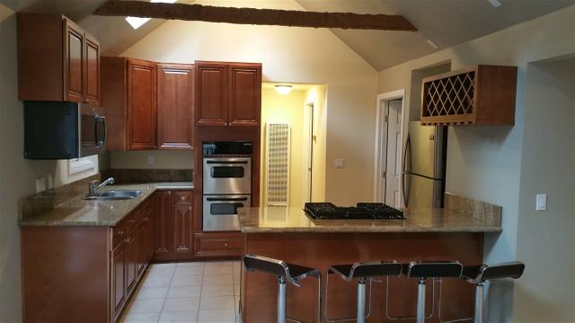 720 Cottage Grove Rd, Lake Arrowhead, CA 92352