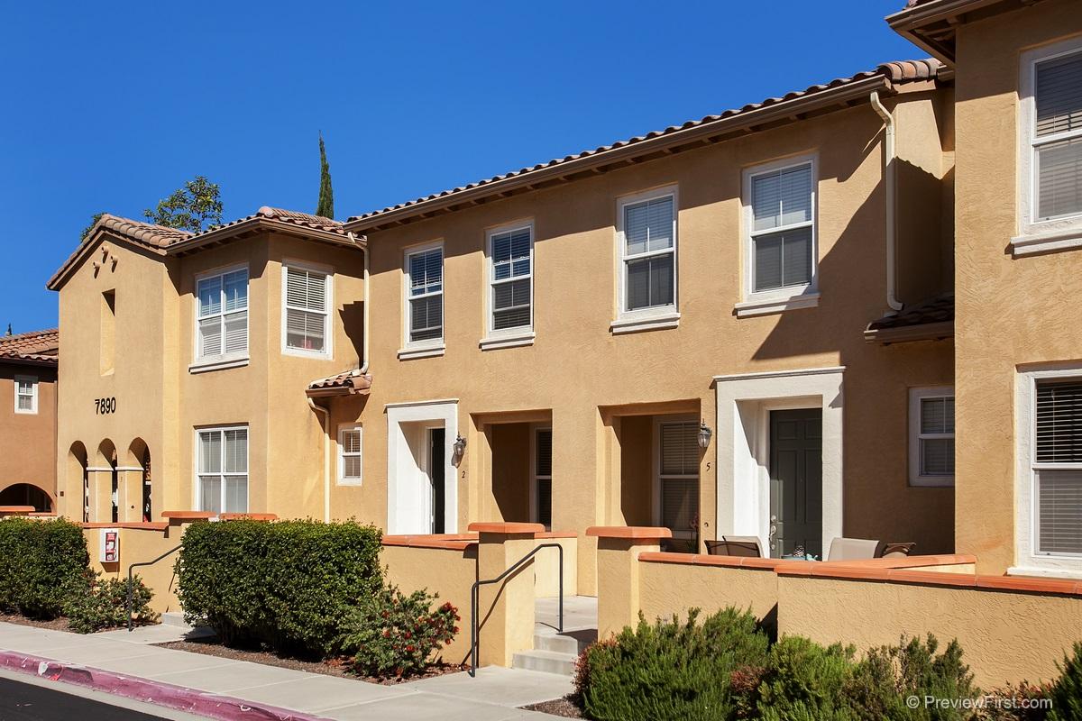 7890 Via Montebello #APT 2, San Diego, CA