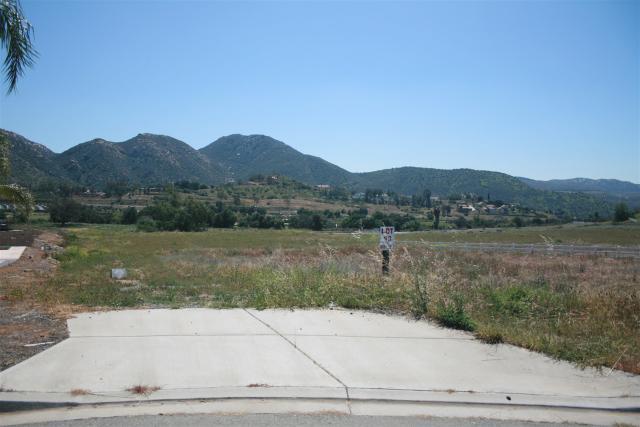 13 Blossom Valley Ests #13, El Cajon, CA 92021