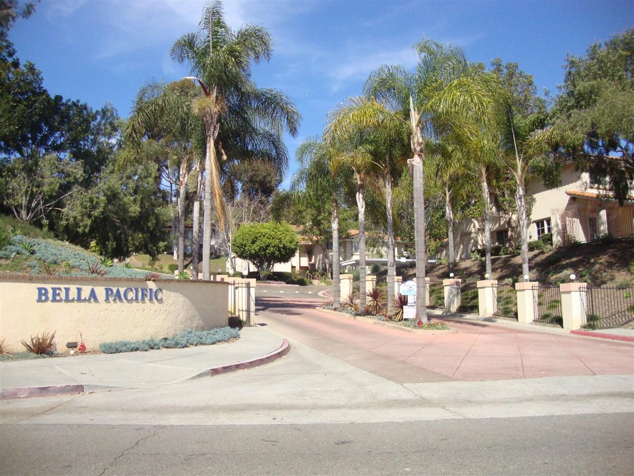4833 Bella Pacific Row #APT 120, San Diego, CA