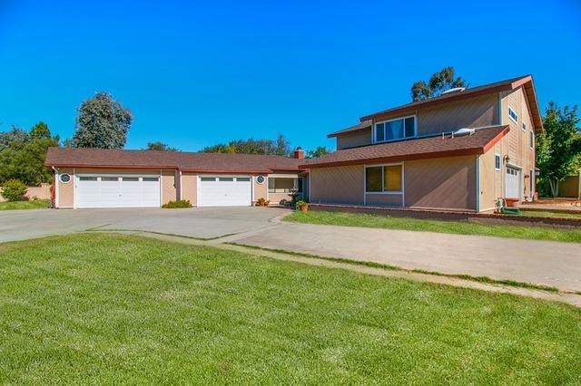 1115 Rancho Santa Fe Rd, Encinitas, CA 92024