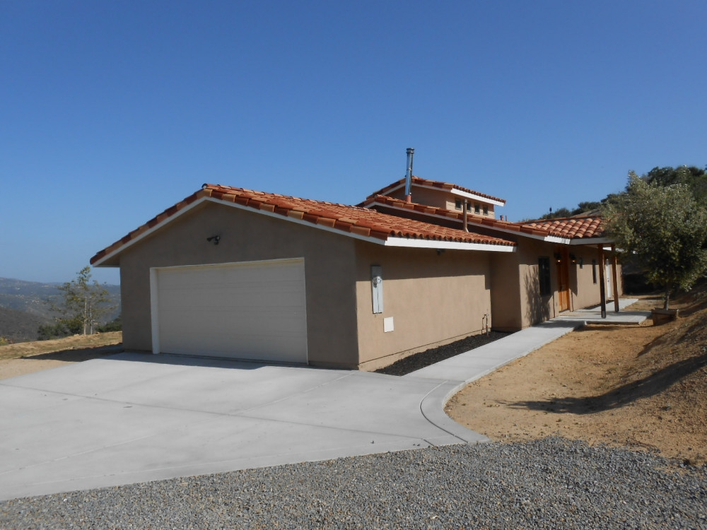 20570 Bee Valley Rd, Jamul, CA