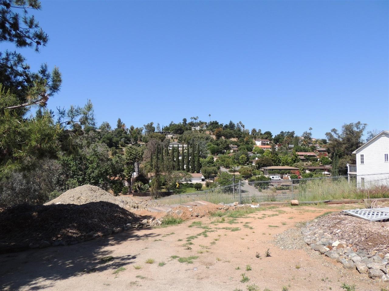 1208 San Pasqual Valley #ROAD, Escondido, CA 92027