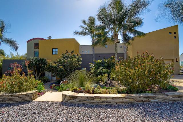 3333 Highland Dr, Carlsbad, CA
