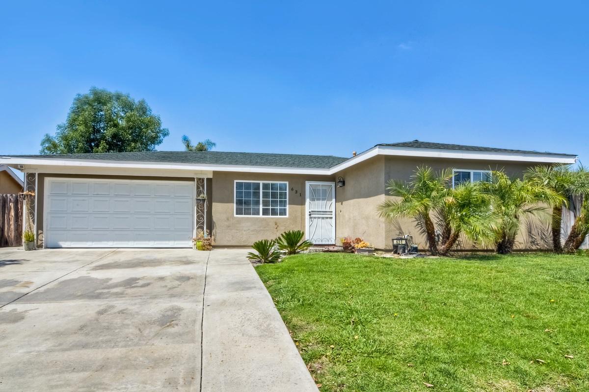 631 Elaine Ave, Oceanside, CA