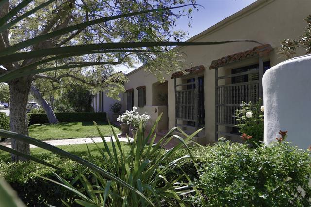 6122 Paseo Delicias, Rancho Santa Fe, CA