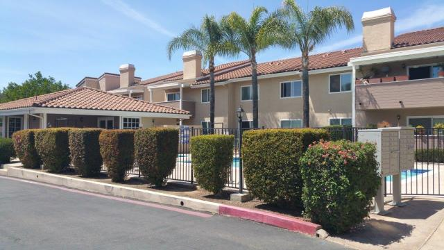 1075 N Escondido #APT 206, Escondido CA 92026