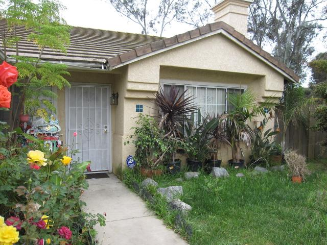1109 Metcalf Pl, Escondido CA 92026