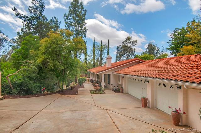 1329 Scenic, Escondido CA 92029