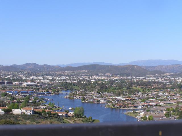 917 Camino Del Arroyo Dr, San Marcos, CA