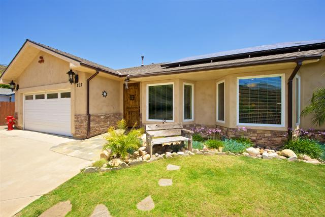 865 Saint George Dr, El Cajon, CA